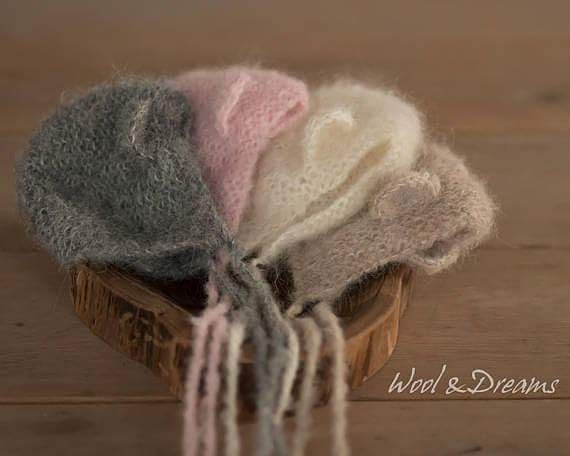 #rts #photoprops #handmade #handcraft #newbornphotpgraphy #newborn #photography #newbornphotoprop #newbornphotoprops #newbornprops #etsyshop #etsy #propshop #prop #woolanddreams #wool #mik #rts #mohair #bearbonnet #white #beige #pink #grey #bonnet #bearbonnet