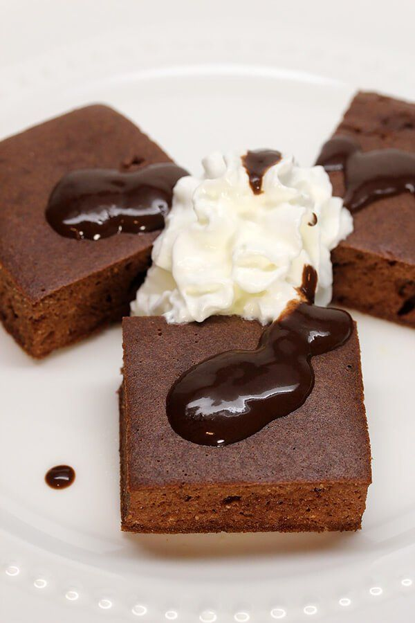 Keto Almond Cake Recipe