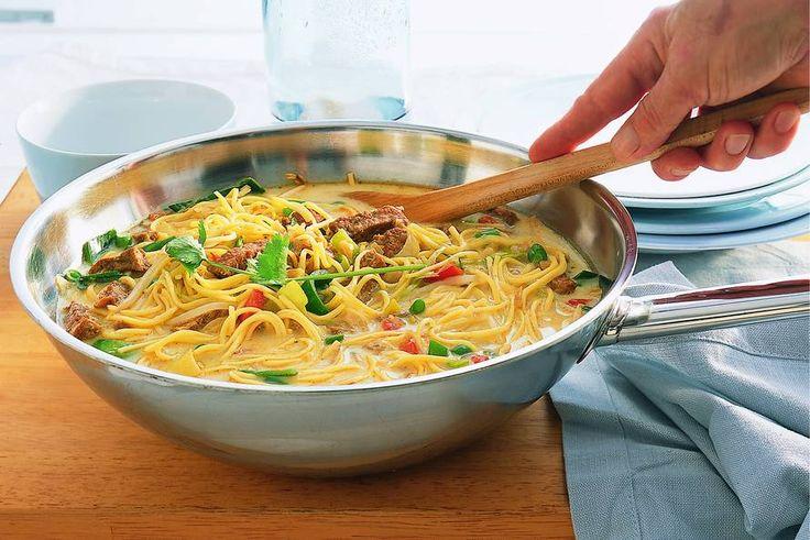 Noedelsoep uit de wok met tofu - Recept - Allerhande