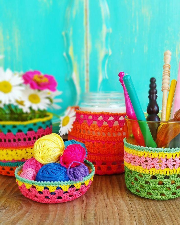 Jarzies ~ crochet pattern from The little bee https://www.etsy.com/nz/listing/289166121/jarzies-crochet-jar-cozy-pattern-instant