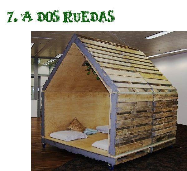 Las 25 mejores ideas sobre paletas de camas para perros for Cabanas infantiles en madera