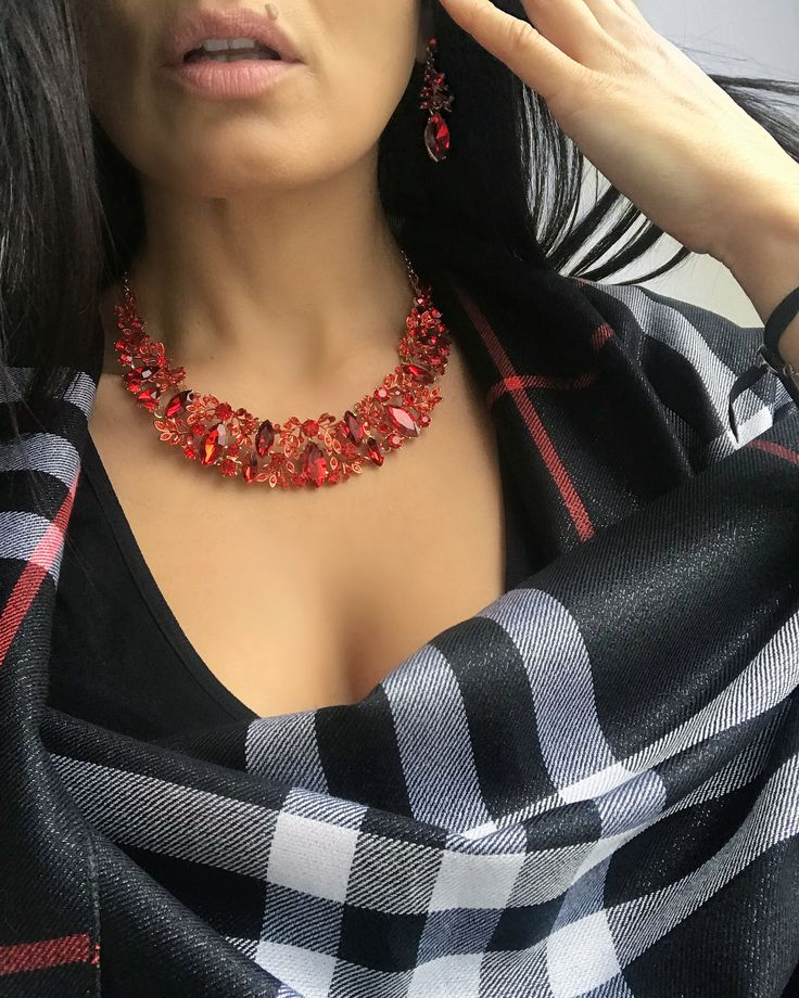 Style is much more interesting than fashion 🎁 we can help you put it together #shopArtemis #Styling #Redneckpiece #statementnecklace #Crystals #OOTD #Fashion #Artemis
