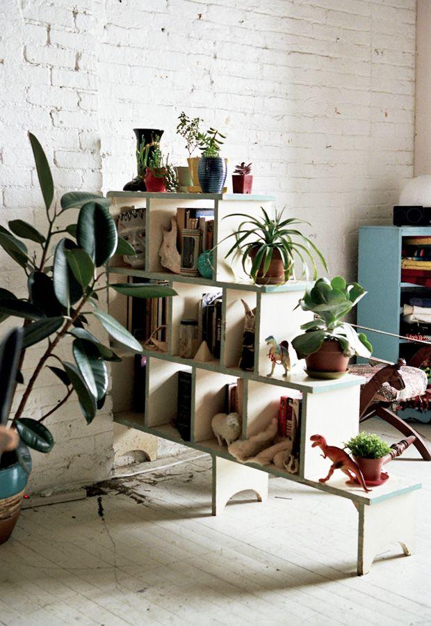 Freunde von Freunden: Wohnen in der Bibliothek der Kleinigkeiten.