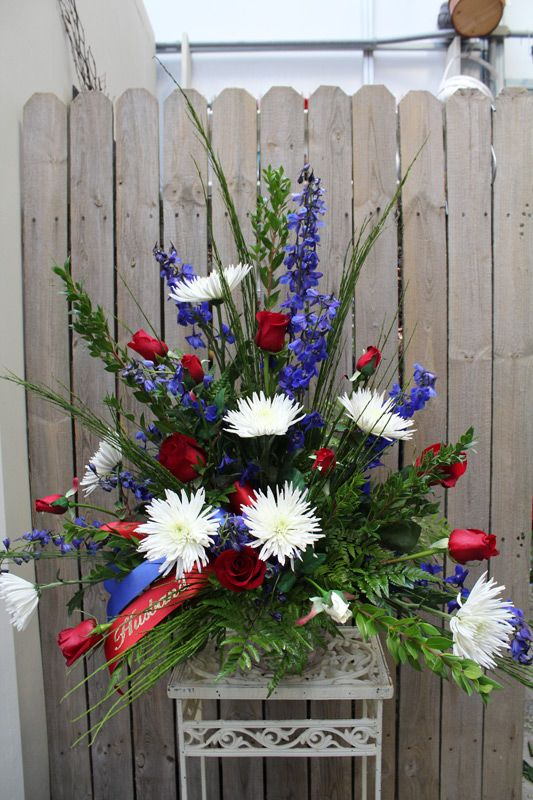 25 best ideas about fresh flower arrangement on pinterest for Red white blue flower arrangements