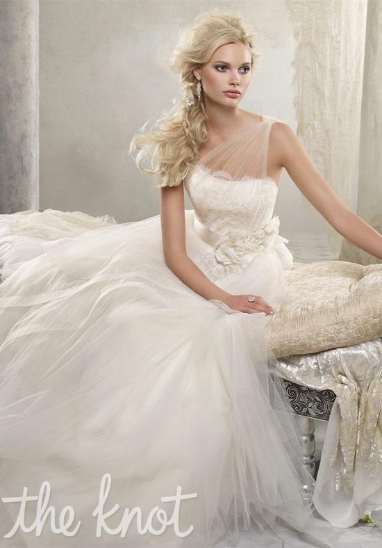 I FINALLY FOUND THE FULL DRESS!!! Alvina Valenta 9216 Wedding Dress  (Full view)