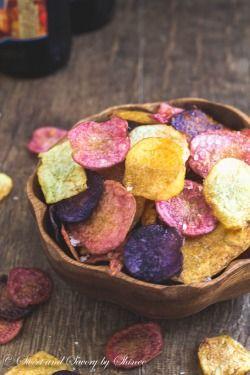 Homemade Extra Crispy Baked Potato Chips…RECIPE  Ingredients: • 4 small potatoes • 2 tablespoons olive oil • 6 garlic cloves, smashed • Kosher salt to taste