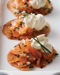 Smoked salmon crisps patterned after an amuse-gueule of the French Laundry restaurant. The blogger uses Charlie Trotter's Darjeeling- & Ginger-Cured Smoked Salmon as the key ingredient!
