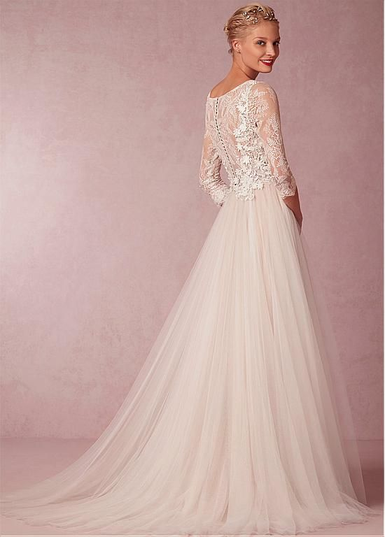 Elegant Lace & Tulle Bateau Neckline 3/4 Length Sleeves A-line Wedding Dress With Venice Lace Appliques