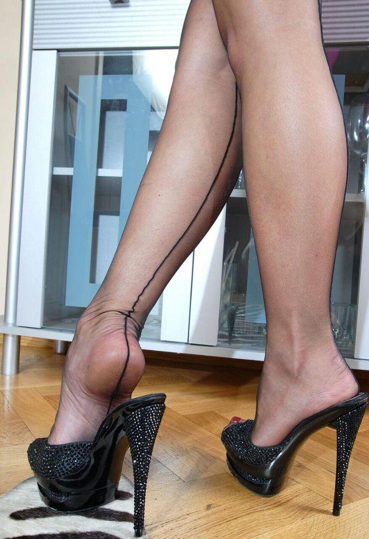 shoe porn sexy high heels