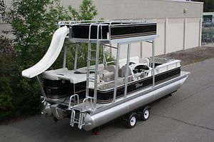 New  24 ft pontoon boat with slide  I want this!