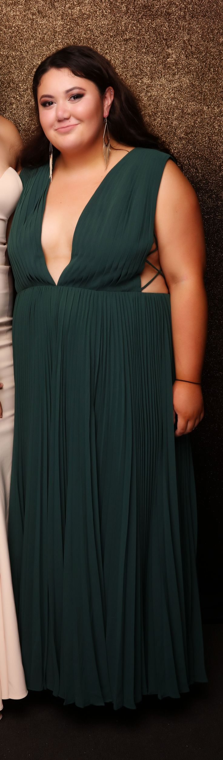 EGGS Y13 School Ball 2017. Absolutely adore this green gown!