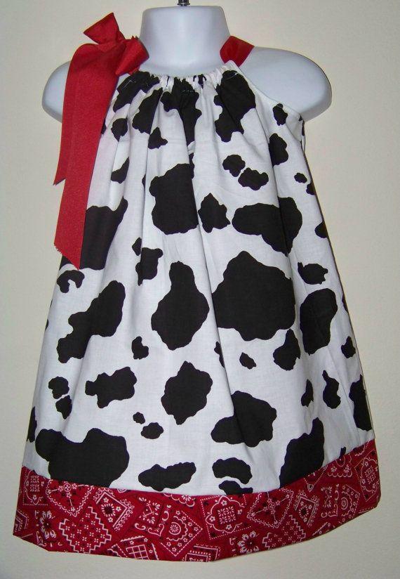 Vaca y paliacate rojo funda de almohada / por KarriesBoutique