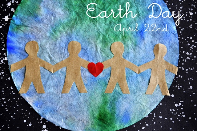 Earth Day Art - Use green & blue markers on a coffee filter, then spray it with water to blend them into a beautiful earth.