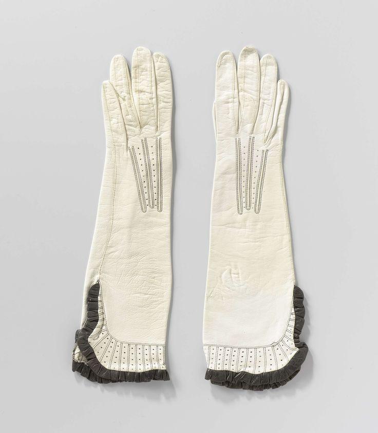 Paar handschoenen met ruche, M. Laimb�ck, ca. 1922 - ca. 1930