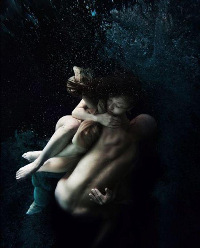 Ikeya Tomohide #photography #foto #undervannsfoto #underwaterphotography #water #fotografi...   Read my blog: www.natsumilove.blogg.no Twitter: twitter.com/natsumidoll Instagram: @Natsumilove