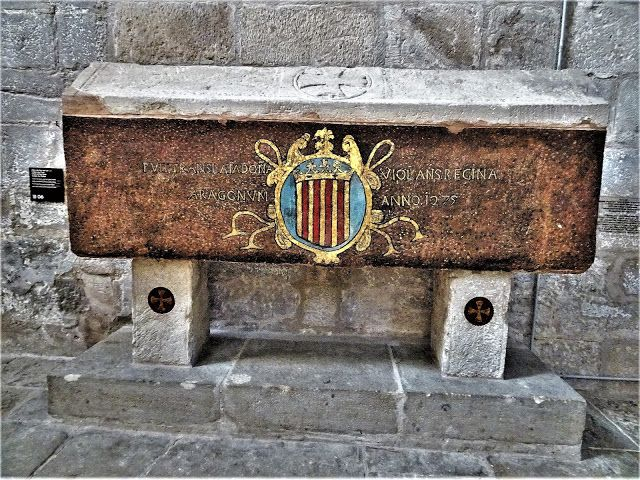 Redescubriendo Barcelona Y Más Allá 2 8 03 2020 Lleida Vallbona De Les Monges Monestir Lleida Sepulcro Santa Maria