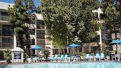 Howard Johnson Hotel | Good Neighbor Hotels | Disneyland Resort water park