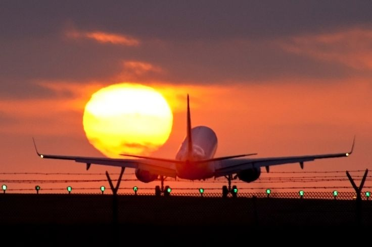 fly away airlines Sacramento airport flights flight only and is located in the city of sacramento over 36 airline carriers fly approximately 64 or simply want to get away.