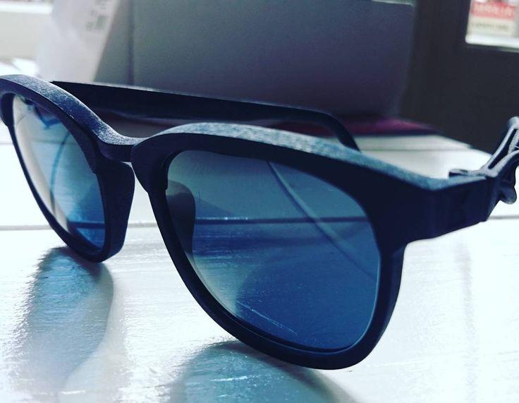 Cool spring calls for cool shades. These serene clean cut beauties are simply stylish as is the new owner Katja. #kokosomeyewear #kokosom #3dprintedeyewear #shades