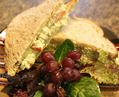 quinoa salad sandwich