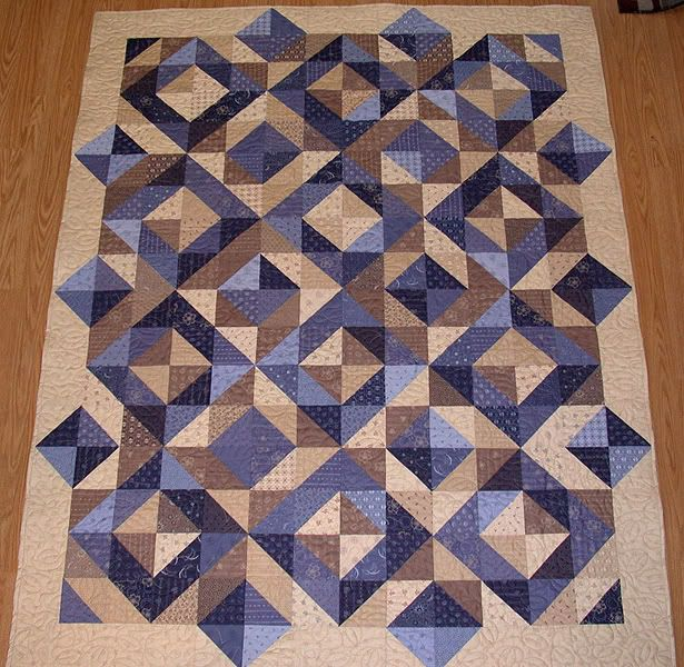 Quilt Patterns Using 12 Inch Squares : 374 best images about Quilts for Boys/Men on Pinterest Triangle quilts, Kid quilts and Appliques