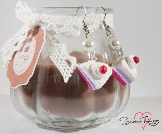 Cake Earrings di SweetThingsFimo su Etsy, €6.00