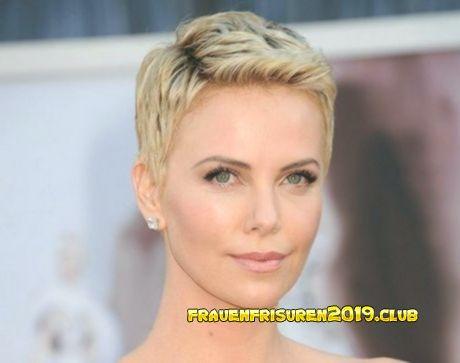 Short Haircuts for Women 2019 – Kurzhaarfrisuren freche frisuren für damen  #frauenfrisurenkurz2019 #frauenfrisurenkurzundercut #frauenfrisurenkurzhaar