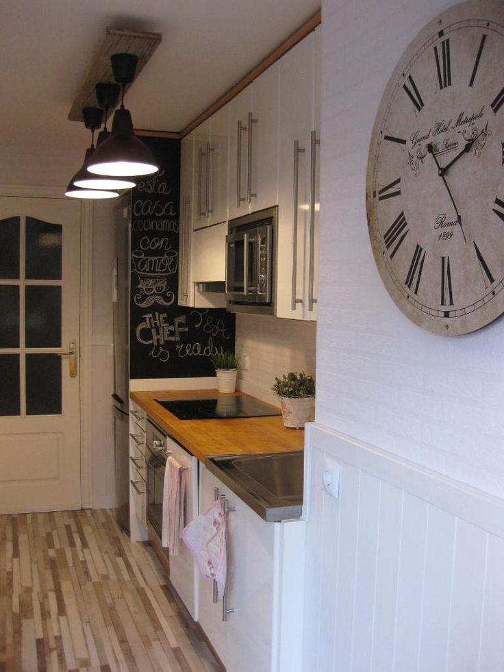 pintura en spray para renovar objetos y paredes. Black Bedroom Furniture Sets. Home Design Ideas