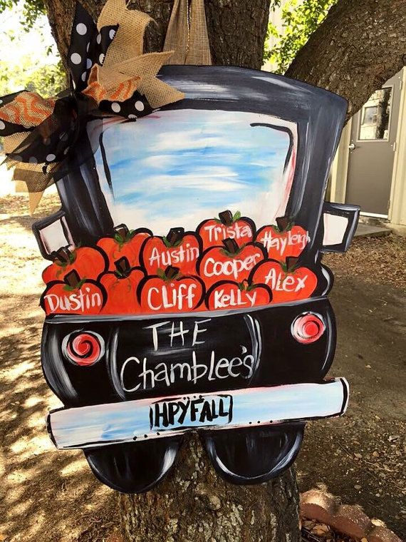 This little old truck can be filled with anything to make your door hanger a hit! It can be filled with pumpkins Christmas stuff, Easter, beach stuff etc. Approx 24
