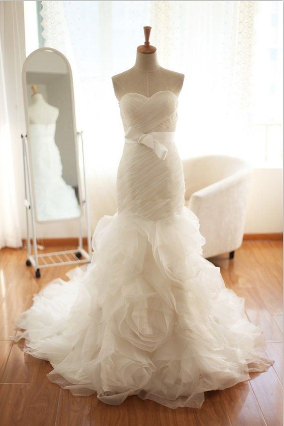 Mermaid Style Wedding Dresses Vera Wang : Vera wang inspired organza mermaid wedding dress wow more