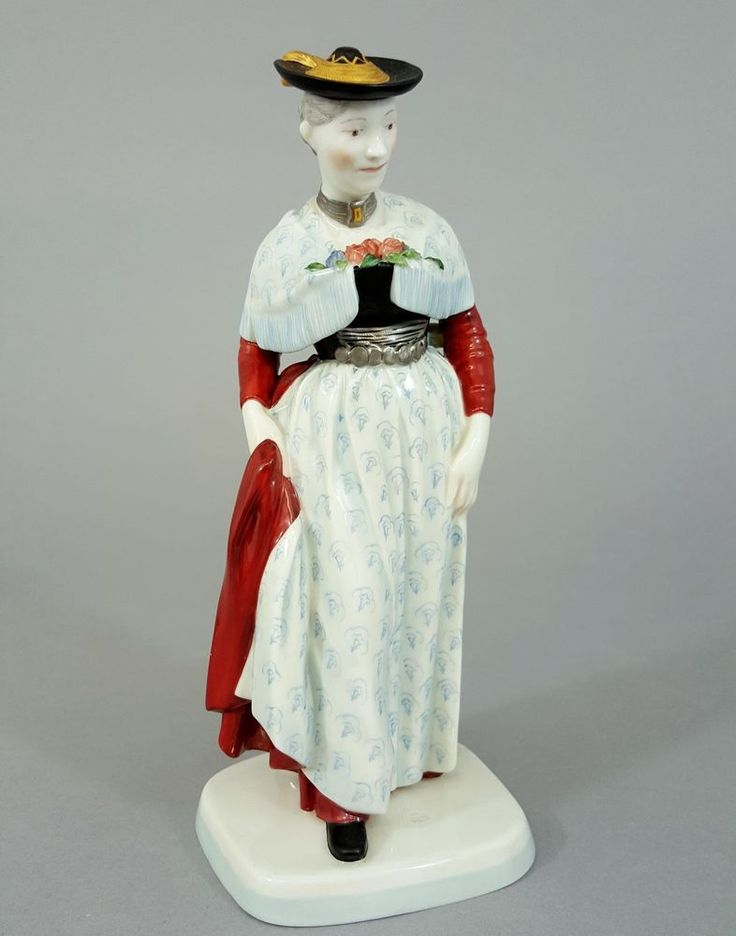 Vintage Porceline Herr Frau Schneemann Pin