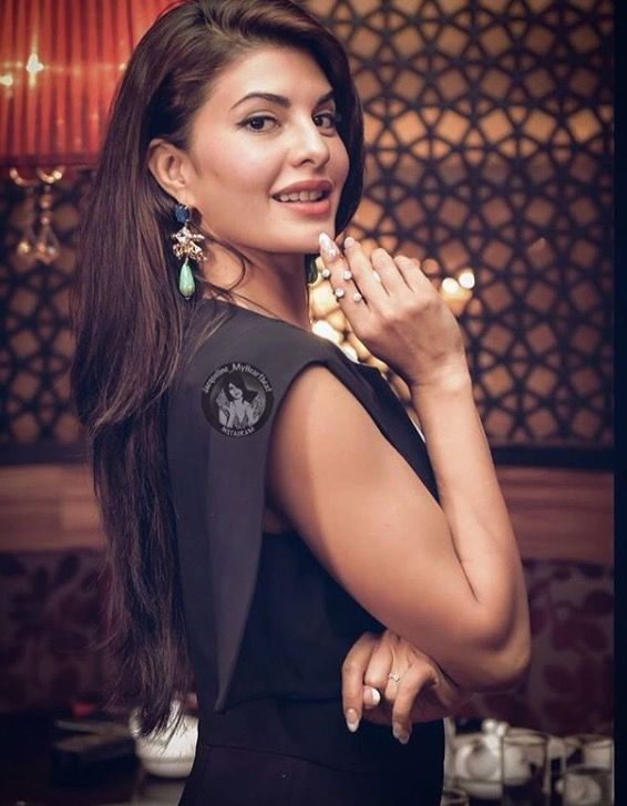 Stunning Jacqueline Fernandez