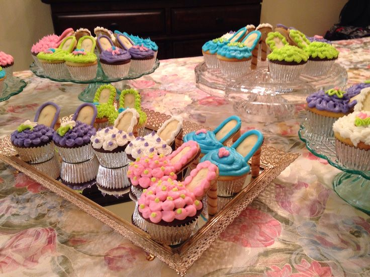 How to Make Stiletto Cupcakes