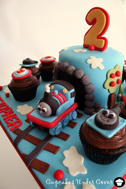 17 Images About Cakes On Pinterest Hello Kitty Birthday