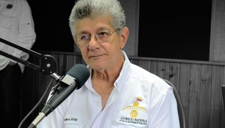 Entornointeligente.-   El presidente de la Asamblea Nacional, Henry Ramos Allup, participó este v...