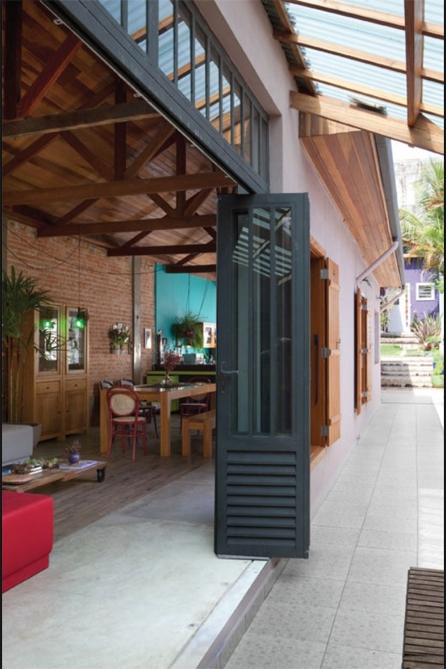 accordion doors to exterior