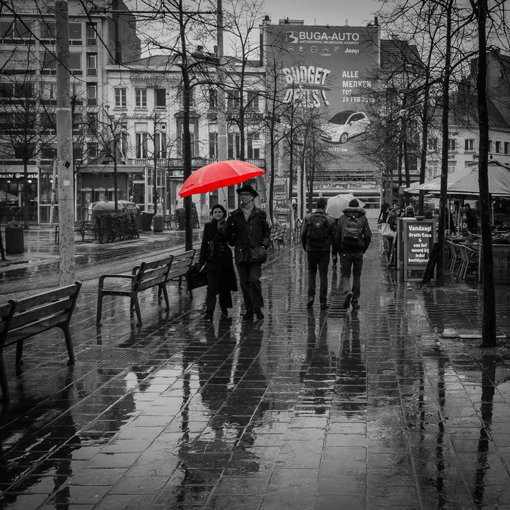 """""""Rain in the city"""" photo by Sven Verbruci"""
