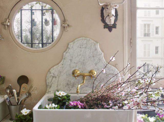 love marble sink