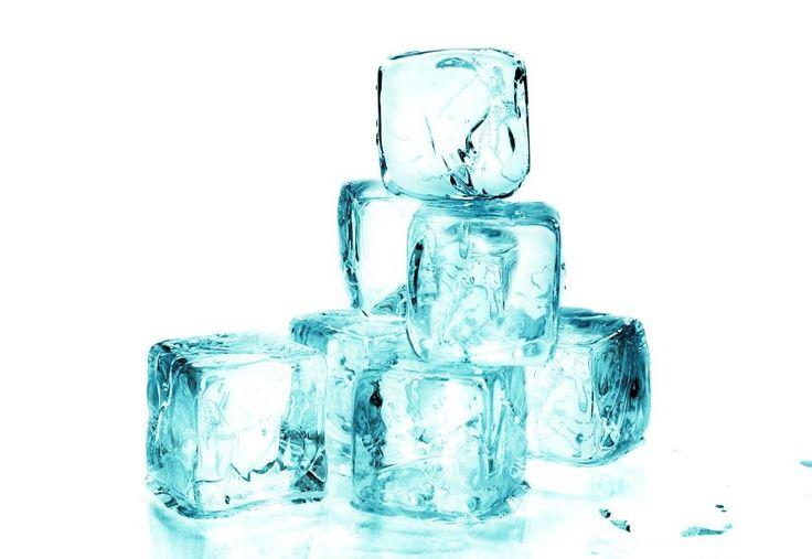 Tratamiento de Criolipolisis. La exposición al frío hace que las células grasas comiencen su proceso natural de eliminación, lo cual resulta en una reducción gradual de la capa de grasa. Las células grasas muertas se eliminan suavemente a través del proceso metabólico normal del cuerpo, similar a cómo se eliminan al hacer dieta.