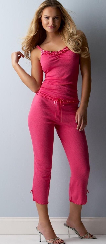Sleepwear For Women | Women look for trendy sleepwear which is built both for appearances ...