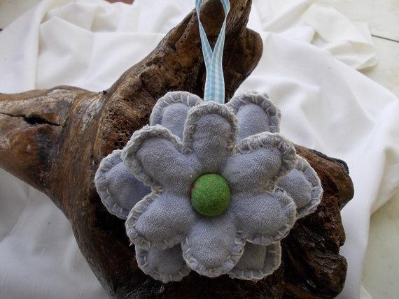 Handmade cotton flower ornament with green felt by TzoFeltGood