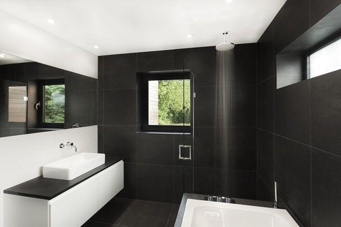 9 banheiros elegantes com decoração em preto e branco