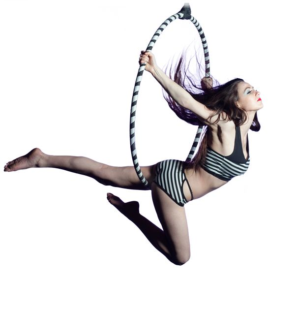 Aerial Hoop. Miriam Wolanski