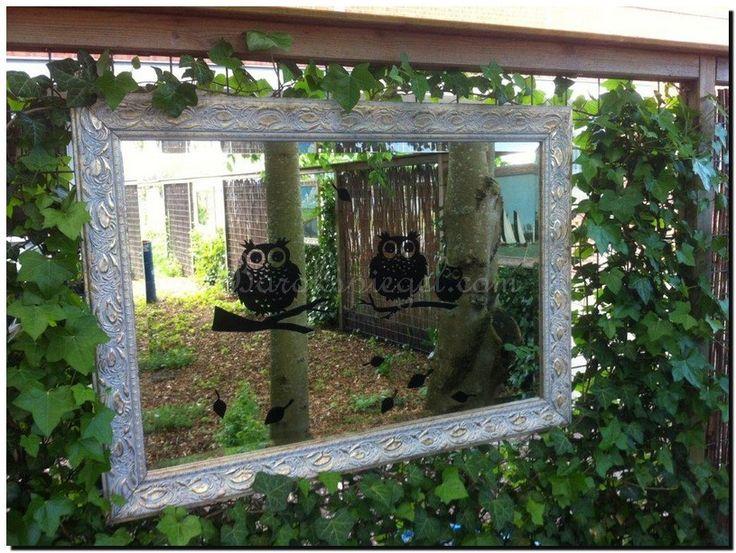Leuke raamstickers ook voor een spiegel in de tuin. Te koop bij…