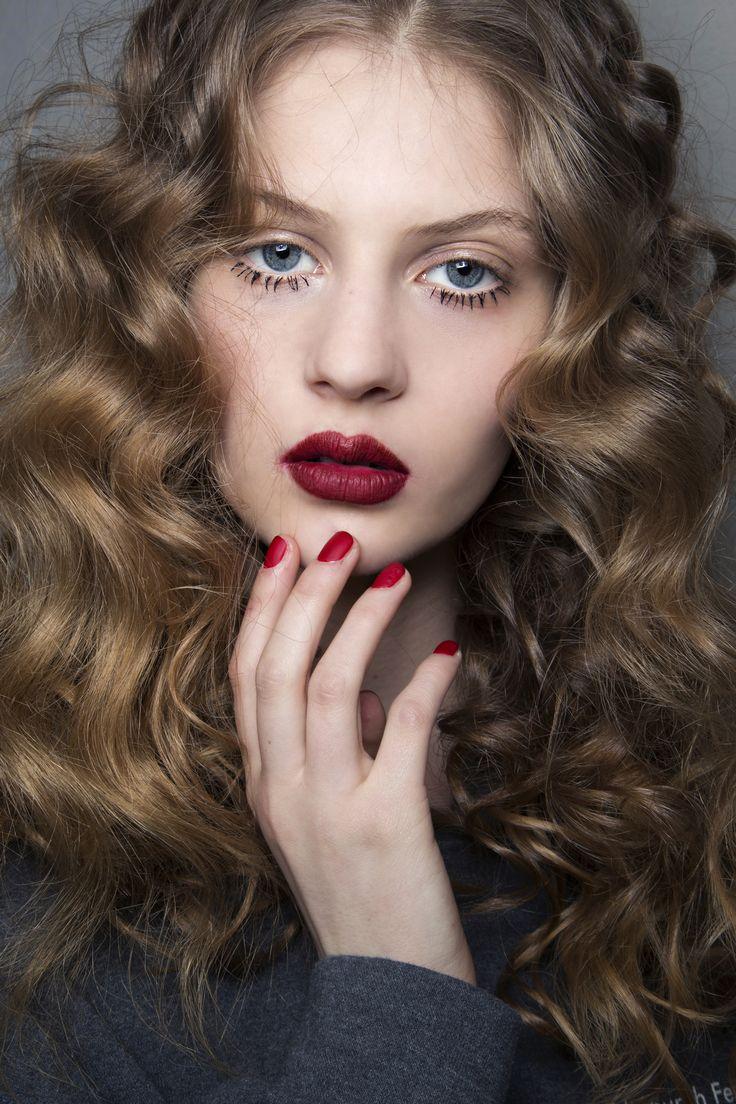 Makijaż na święta, Blugirl, fot. ImaxTree