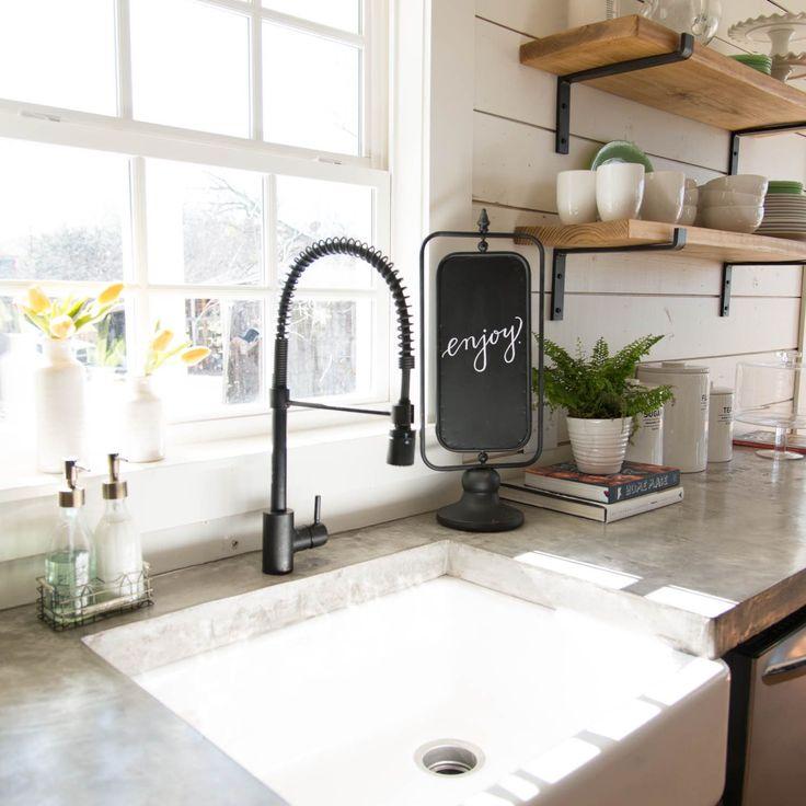 25 Best Ideas About Joanna Gaines Kitchen On Pinterest: 17 Best Ideas About Joanna Gaines Kitchen On Pinterest