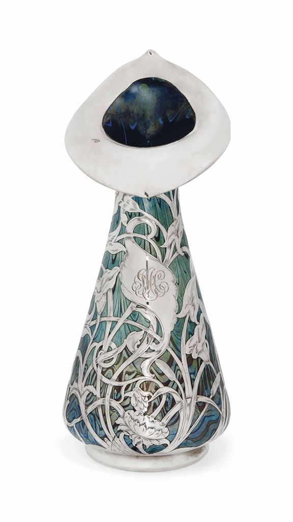 AN UNUSUALLY LARGE LOETZ IRIDESCENT GLASS VASE WITH SILVER APPLIQUÉ -  CIRCA 1900 | JV