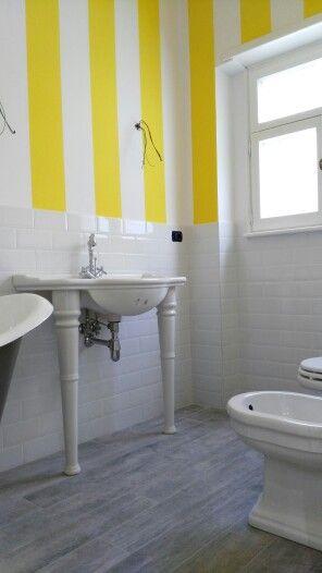 Le 25 migliori idee su piastrelle bianche su pinterest - Piastrelle bagno bianche ...