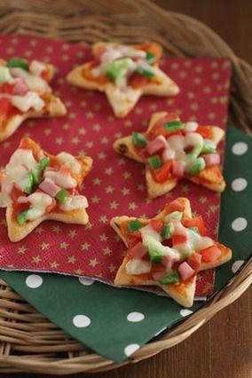 クリスマスのおせんべいピザ|レシピブログ