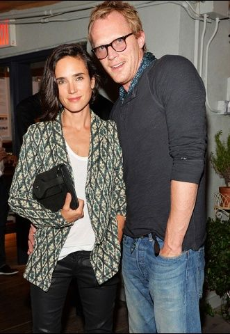 Jennifer Connelly and Paul Bettany. They met on the set of A Beautiful Mind :-)
